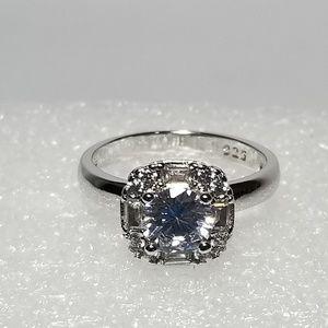 925 SS 1 Carat Halo Diamond Ring Size 10